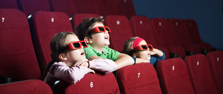 kids-at-cinema